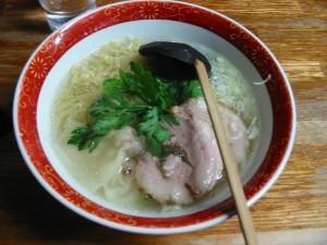 【本厚木】 らー麺 本丸亭 本丸塩らー麺