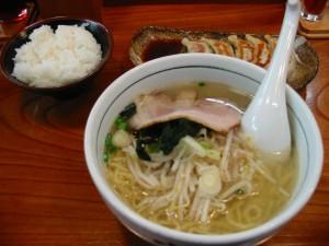 【日立市】 めんかくぼう 塩めん+餃子+半ライス