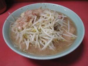 【新宿区】 ラーメン二郎 歌舞伎町店 らーめん(野菜&ニンニク&アブラ)