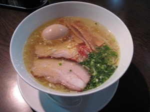【横浜市】 麺や維新 味玉塩らぁ麺