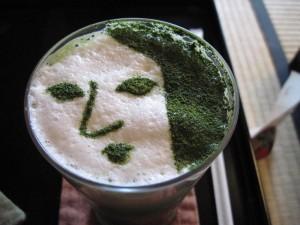 【京都市】 よーじやカフェ銀閣寺店 抹茶カプチーノの顔