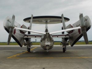「E-2C ホークアイ(翼格納中)」 (G1 NFD24mm)