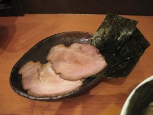 【福島市】 自家製麺 えなみ 「特製塩らぁめん用別皿チャーシュー&ノリ」