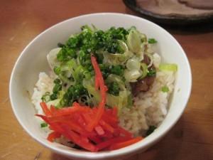 【福島市】 自家製麺 えなみ 「牛すじご飯」