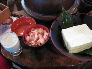 【福島県金山町】 玉梨とうふ茶屋 「幻の青ばととうふ&幻の青ばと豆乳」