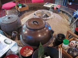 【福島県金山町】 玉梨とうふ茶屋 囲炉裏の雰囲気