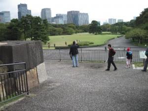 『皇居から見る高層ビル群』
