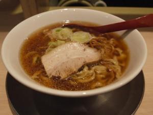 【千代田区】 麺や 七彩 「朝らーめん」
