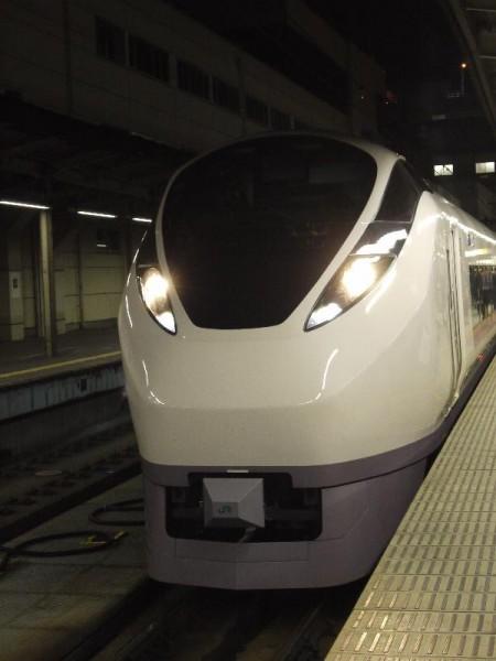 「常磐線 新型特急車両 E657系」