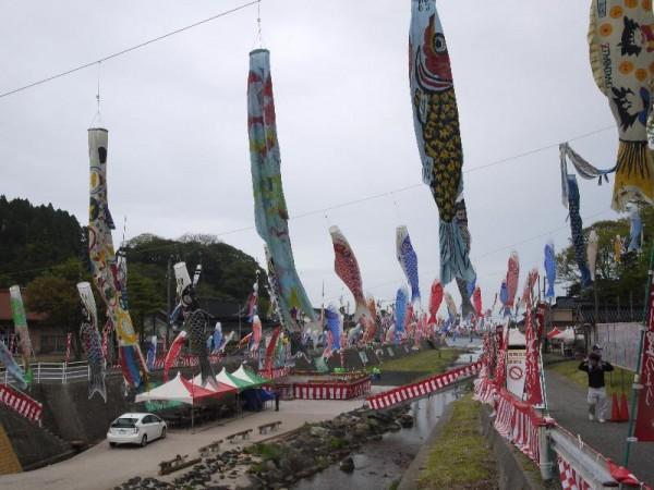 「奥能登大谷川鯉のぼりフェスティバル」