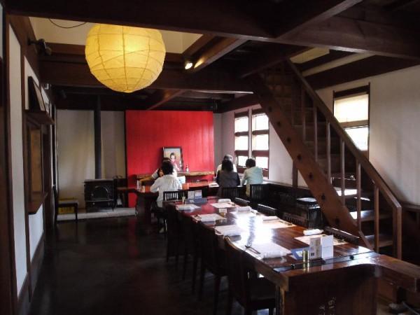 【茨城県那珂市】 木内酒造蔵 蔵+蕎麦 な嘉屋 1F