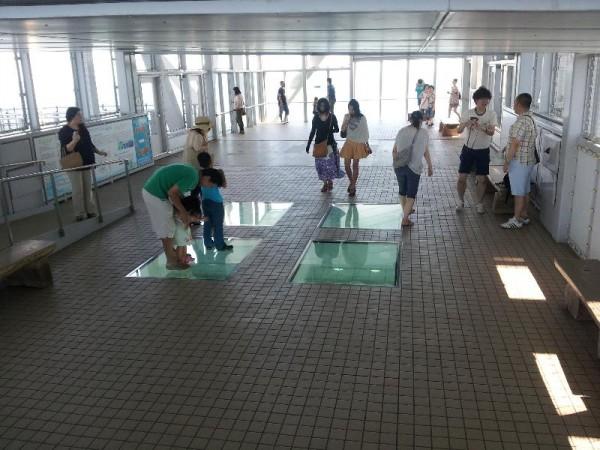 大鳴門橋の遊歩道「渦の道」