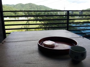 「天山文庫見学 阿武隈民芸館にて頂いたお茶」