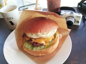 【福島県猪苗代町】 Hero'S DINER(ヒーローズ ダイナー) 「ヒーローバーガー&アメリカンコーヒー」