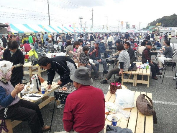 「日立港 秋の味覚まつり2012会場」