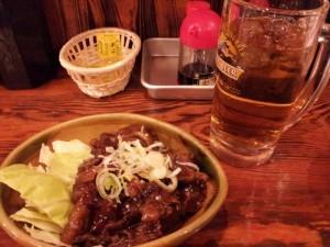 名古屋の居酒屋にて 「どて煮」