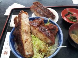 【福島県会津若松市】 むらい 「ロースカツ丼」 食べ方