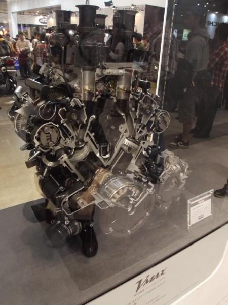 【東京モーターショー】 VMAXエンジン
