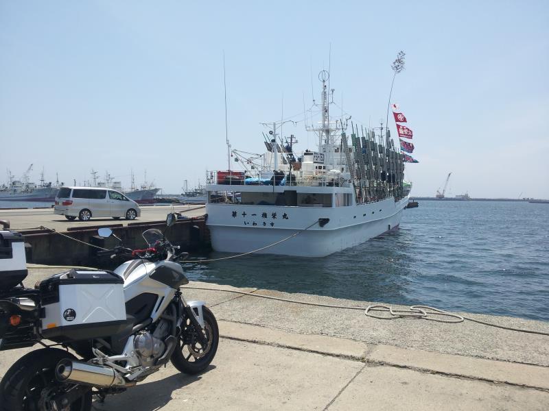 漁船の姿が戻ってきていた小名浜港