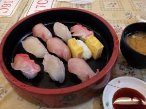 【千葉県鋸南町】 ばんや本館 「朝獲れ寿司」