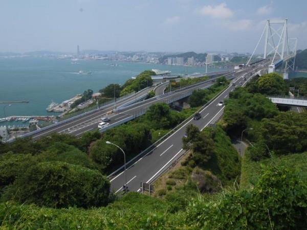 北九州市めかり公園(門司城跡)展望台からの関門橋