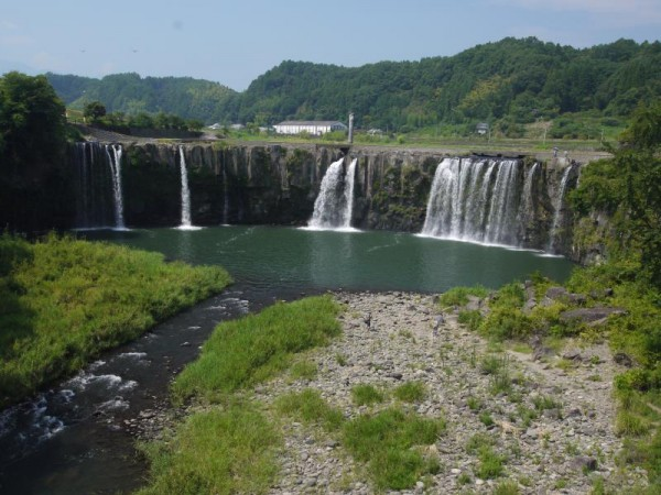 大分県緒方町 原尻の滝
