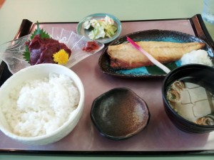 【福島県会津若松市】 富士の湯食堂 「焼き魚定食&馬刺」