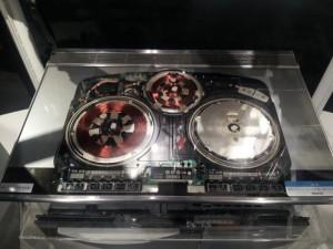 名古屋市科学館 電磁調理器のカットモデル