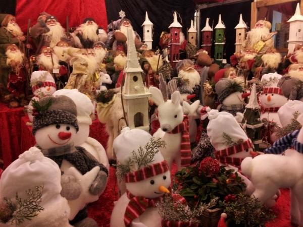 マンチェスター クリスマスマーケット 「スノーマンの人形」