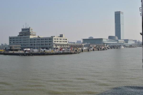 新潟港に入港中