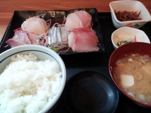【茨城県大洗町】 かぁちゃんの店 刺身定食