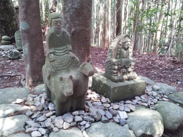 【和歌山県田辺市】 熊野古道 馬牛童子像