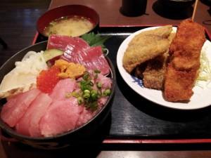【静岡県焼津市】 焼津さかなセンター のっけ家 「海鮮丼・黒はんぺんフライ・マグロ串カツ」