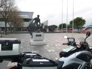 鹿島サッカースタジアム ジーコ像