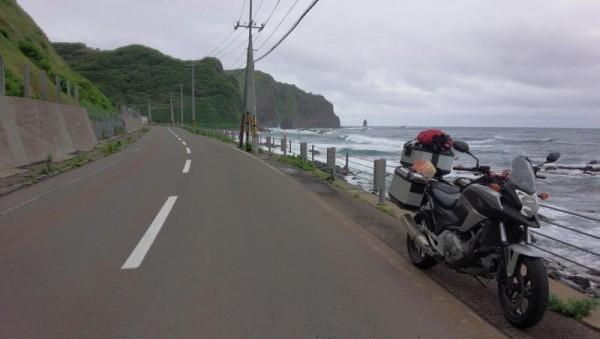 歩けないので神威岬は遠くから