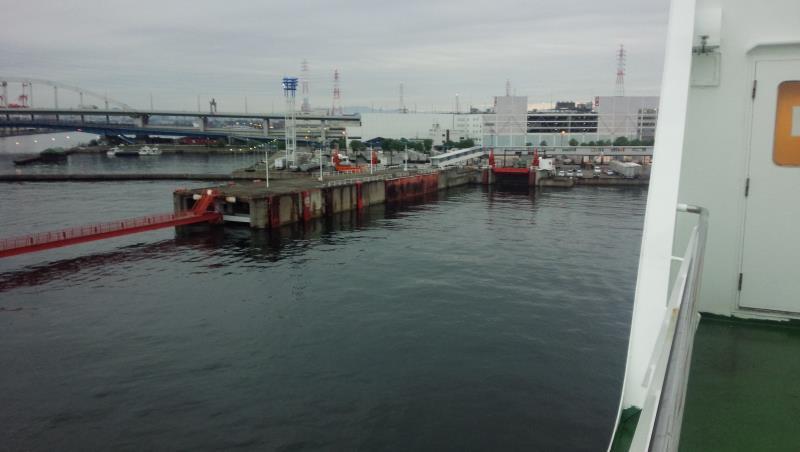 再びの大阪南港