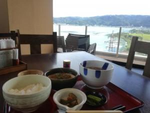 【長野県岡谷市】 諏訪湖SA 「とろろご飯定食」