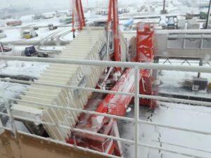 雪の苫小牧港