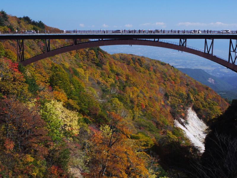 『磐梯吾妻スカイライン』  「不動沢橋レストハウスからの眺望」 (G1 NFD24mm)