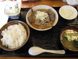 【群馬県高崎市】 だるま食堂 「もつ煮定食」