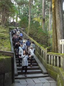 「日光東照宮は結構急な階段が多い」 (G1 M.ZUIKO DIGITAL 14-42mm F3.5-5.6)