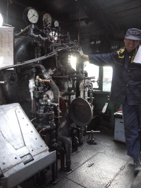 「真岡鐵道 笑顔のSLの運転手」 (G1 M.ZUIKO DIGITAL 14-42mm F3.5-5.6)