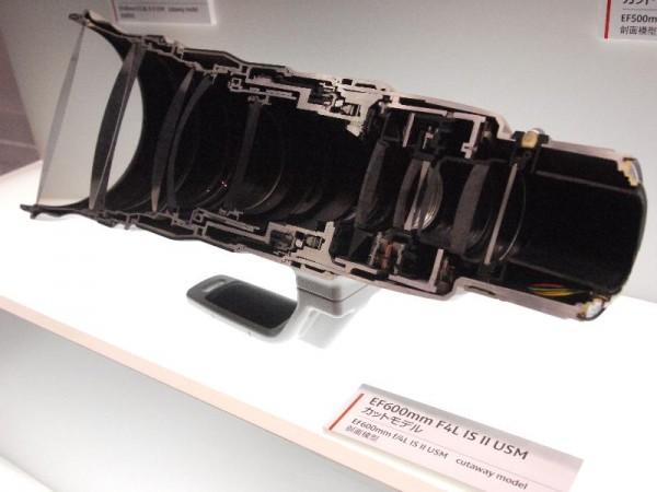 「CP+2012 Canon EF600mm F4L カットモデル」