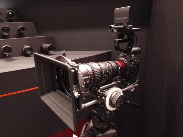 「CP+2012 Canon HDカメラ (携行型)」