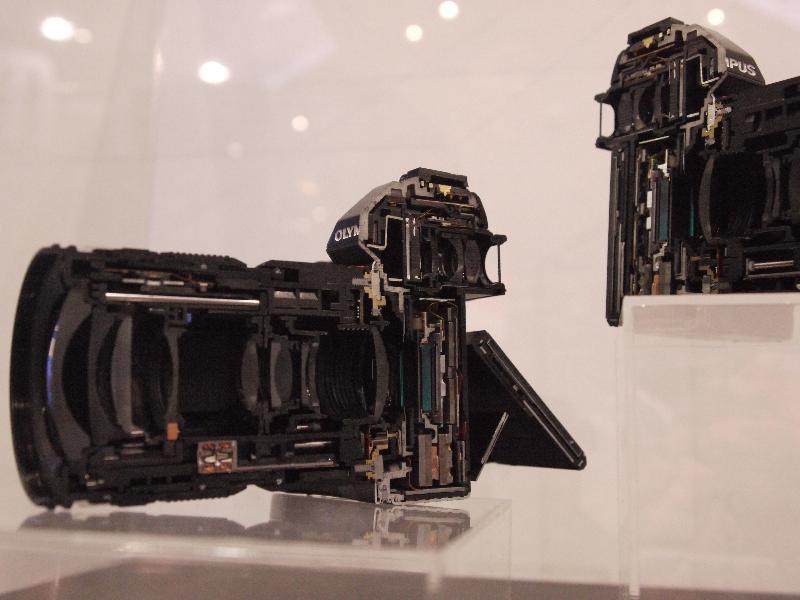 「CP+2012 オリンパス OM-D カットモデル」