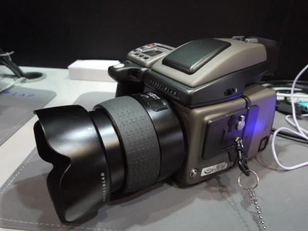 「CP+2012 Hasselblad デジタル中版カメラ」