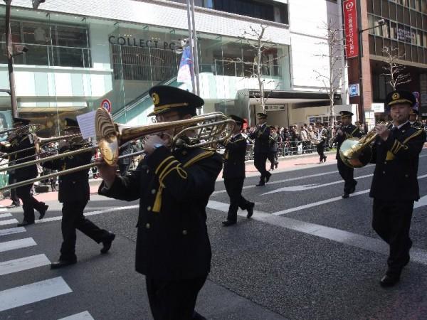 「警視庁音楽隊 交通安全パレード」