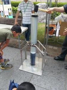「液状化の再現実験」