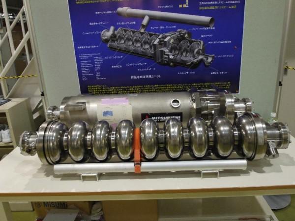 「ILC加速器 超伝導加速空洞」