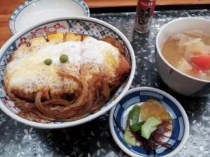 【福島県会津若松市】 なかじま 「煮込みソースカツ丼(とん汁セット)」